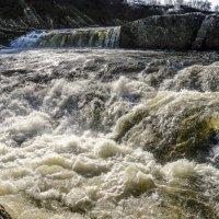 другая настройка съёмки водопада Титовка :: Георгий А