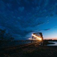 Огни вечернего поезда :: Татьяна Афиногенова