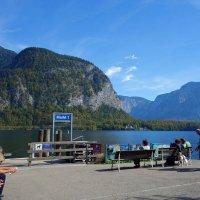 Хальштатт - невероятный маленький городок на озере в горах в австрийском районе Зальцкаммергут. :: Galina Dzubina