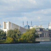 Вид на Казанский кремль с набережной озеро Нижний Кабан :: Наиля