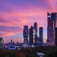 новый закат на Москва-Сити :: Георгий