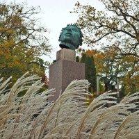 "Скульптура ""Астроном"" 1939г. парк Миллеса Стокгольм :: Swetlana V"
