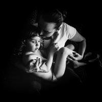 mother's care :: Ann Sun