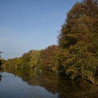 Осенняя река :: Сергей Щеглов