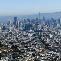 Вид с вершины горы на центр Сан Франциско (Калифорния) :: Юрий Поляков