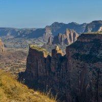 доходя почти до вершины, открывается панорамный вид :: Георгий