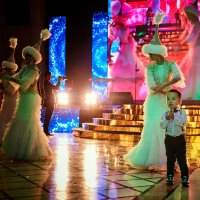 танец на свадьбе :: Vladimir Valker