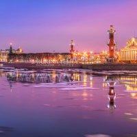 Розовое утро на Стрелке :: Юлия Батурина