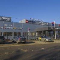 Магазины строить научились,а вот с дорогами проблемы :: Сергей Цветков