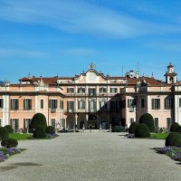Palazzo Estense Дворeц Эстенсе Варесе, Италия :: Swetlana V