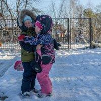Первый снег, игры. :: Борис Устюжанин