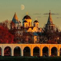 Ярославово дворище на закате дня! :: Николай Кондаков