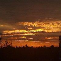Восход в сентябре :: виктор ушаков