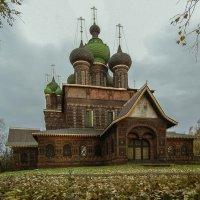 Храм Иоанна Предтечи. Западный фас. :: Юрий Велицкий
