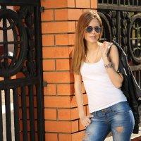 Прогулки по городу :: Елена Широбокова