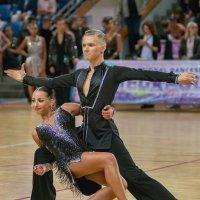 Финал танца. :: Борис Гольдберг