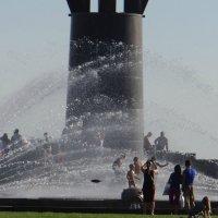 брызгающийся фонтан :: Sabina
