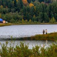 Хорошо с подружкой на рыбалке ! :: Валентин Кузьмин