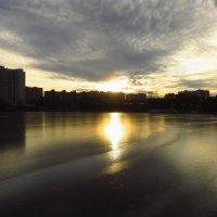 Ноябрь в городе :: Андрей Лукьянов