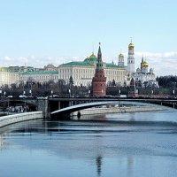 Вид на Кремль с Патриаршего моста :: Татьяна