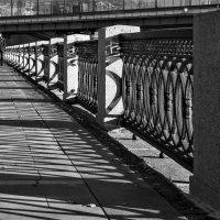 У Лужнецкого моста :: Eugene *