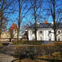 Весенний уголок Таллина (рис.) :: Глeб ПЛATOB