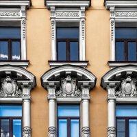 Фасады Санкт-Петербурга. :: Елена Кириллова