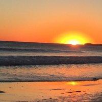 """""""Здесь есть следы на ласковом песке, чудесные закаты и восходы"""" :: Ирэн"""