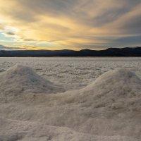 Ледяные холмики :: Владимир Субботин