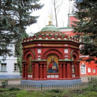 Надкладезная часовня. Псково-Печорский Свято-Успенский мужской монастырь. :: Ирина ***