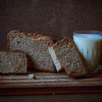 Хлеб и молоко :: Сергей