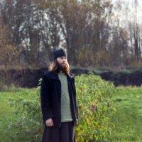 Осенью в монастырском саду :: Татьяна Копосова