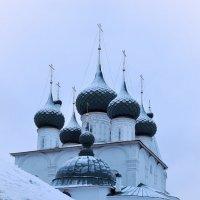 После декабрьского снегопада, церковь Спаса на Городу в Ярославле :: Николай Белавин