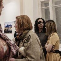 Аргентинский архитектор и фотограф Диего Бланко на открытии выставки. Капелла, Санкт-Петербург :: Александр Русинов