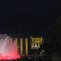 Барселона. Холм Монжуик. Поющие фонтаны. :: Владимир Драгунский