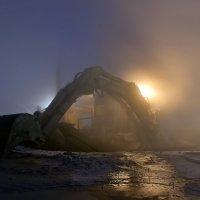 Выползающий из тумана... :: Витас Бенета