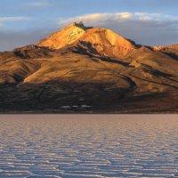закат начался на вулкане Тунупа :: Георгий А