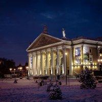 Вид на театр оперы и балета :: Марк Э