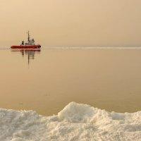 Кораблик в тумане :: Эдуард Куклин