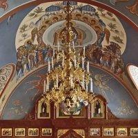 В храме Троицы Живоначальной :: Nikolay Monahov