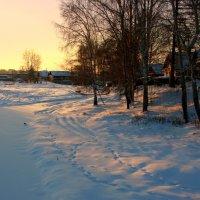 Таинственною сказкой окутана земля... :: Нэля Лысенко