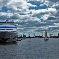 Hamburg :: Nina Yudicheva
