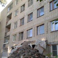 Дядя Ваня прибрался в квартире :: Игорь Гагилев
