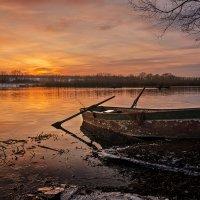 Лодка... :: Сергей