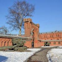У Артиллерийского музея :: Ольга