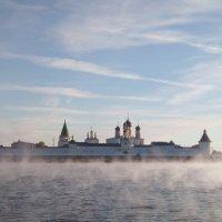 Макарьево Желтоводский монастырь на рассвете. :: Оксана