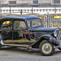 Старый Паккард, а может Ситроен или легендарный ГАЗ-М1? :: Alexandеr P
