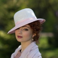 Девушка в шляпке :: Александр Стеблецов