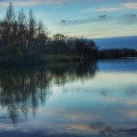 На озере рассвет :: Руслан