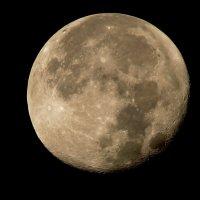 Луна... :: Александр Фролов